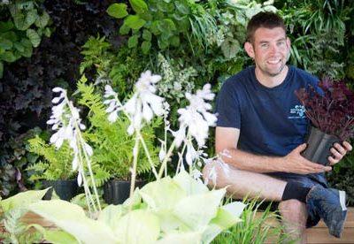 How do I become a gardener